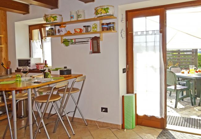 Studio a Tremosine - Casa Paola Holiday