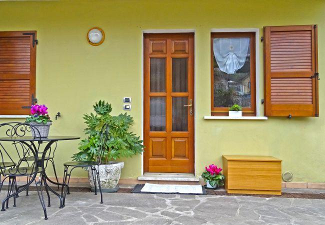 Apartment in Tremosine - Holideal Casa Rosalia 017189-CNI-00209